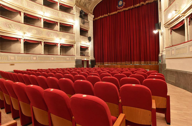 Poltrone teatro dwg for Poltrone teatro